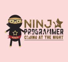 Programmer T-shirt : Ninja programmer. coding at the night Kids Tee