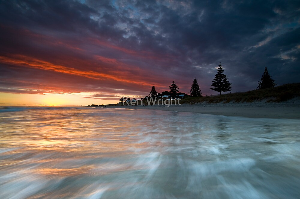 Papamoa Domain Dawn Rouge by Ken Wright