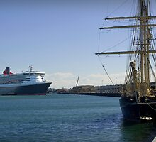 Queen Mary 2 & STS Leuwin II by Darren Speedie