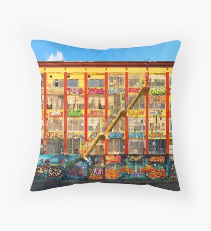 Five Pointz Graffiti Building: Queens, NYC Throw Pillow