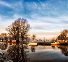 Misty Start, Beccles, Suffolk by Simon Duckworth