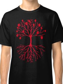A tree that grows hearts Classic T-Shirt