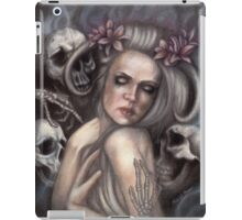 Danse Macabre - Gothic Woman with Skeletons iPad Case/Skin