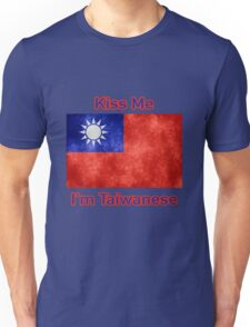 Kiss Me I'm Taiwanese Unisex T-Shirt