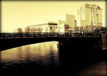 Milwaukee © by Dawn M. Becker