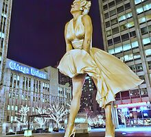 A surreal looking Marilyn Monroe in Chicago, one night by Sven Brogren
