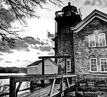 Saugerties Lighthouse by DaveOrtiz