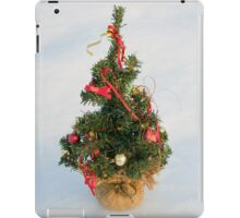 Christmas Tree on Snow iPad Case/Skin