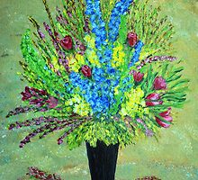 Flower arrangement by maggie326