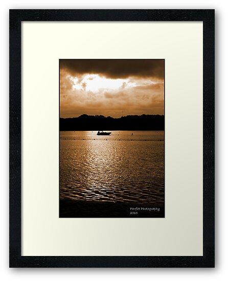 Mauritius sunset by Greg Parfitt