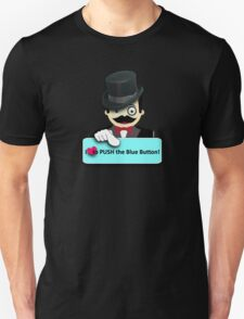 I love to push the blue button! T-Shirt