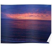 The Sunset creates a violett Ocean - La Puesta del Sol está creando un Océano violeta Poster