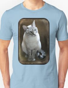 Lilac Point Siamese ~ Old Blue Eyes T-Shirt