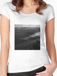 Sand like honey Women's Fitted Scoop T-Shirt