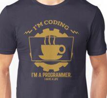 programmer : I'm coding. I am a programmer - Gold Unisex T-Shirt