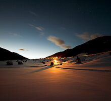 Light in the Dark by Tobias Roetsch