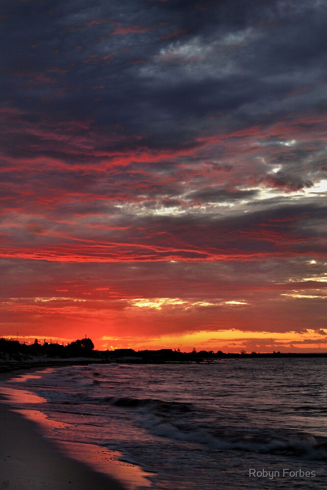 Busselton Sunset by Robyn Forbes