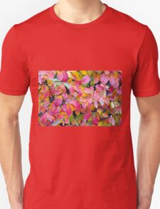 Background of vivid red leaves of autumn bush close-up T-Shirt