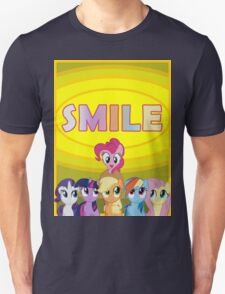 Smile! - Pinkie Pie (Bordered) T-Shirt