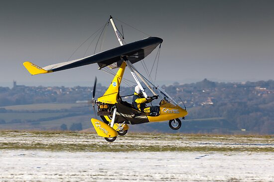 Yellow microlight by Tony Roddam