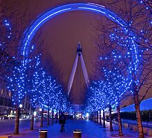 London Eye full circle by Paul Ward