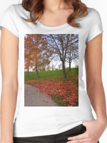 Autumn Women's Fitted Scoop T-Shirt