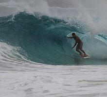 Cyclone Swell Surfing by taryn88