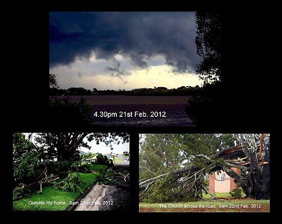 'Mini Cyclone' hits Maclean by myraj