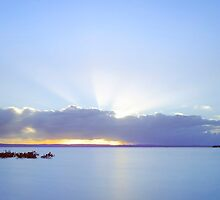 God Shines His Light on Cleveland - Qld Australia by Beth  Wode