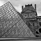 Large Pyramid - Musee du Louvre - Cour Napolon - Paris - Black and White by Yannik Hay