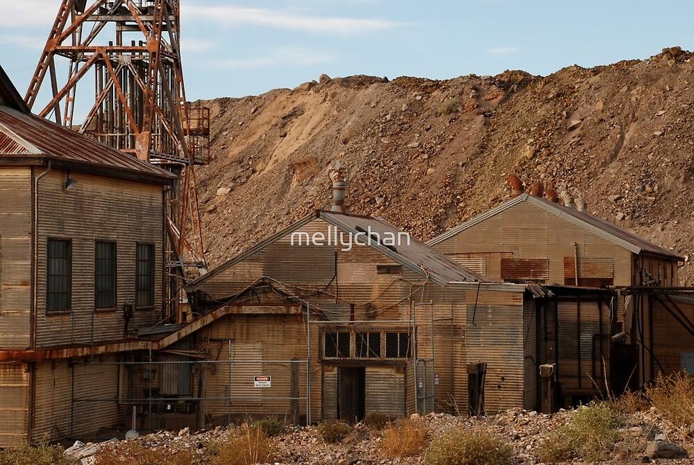 Rusting in Broken Hill by mellychan