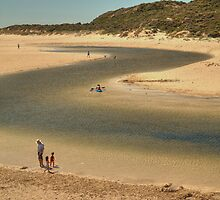 Margaret Rivermouth, Western Australia by Elaine Teague