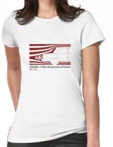 Alfa Romeo Giulia: l'ha disegnata il vento (designed by the wind) Womens Fitted T-Shirt