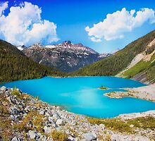 Upper Joffre Lake - British Columbia by Yannik Hay