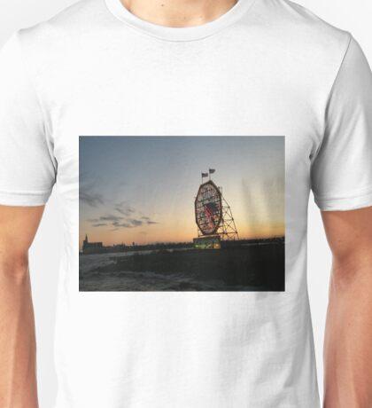 February Jersey City, New Jersey, Classic Colgate Clock at Sunset  T-Shirt