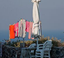 Wash Day In Oia by phil decocco