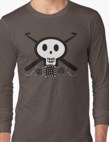 Crochet hooks skull and yarn t-shirt Long Sleeve T-Shirt