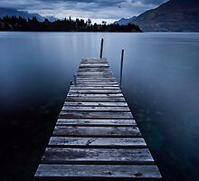 Jetty 77, Queenstown by Martin Canning