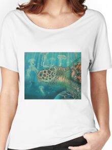 Green back turtle Women's Relaxed Fit T-Shirt