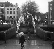 Rainy day at the Ha'Penny bridge by Esther  Moliné