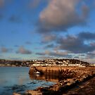 Pier at Instow by Charmiene Maxwell-batten