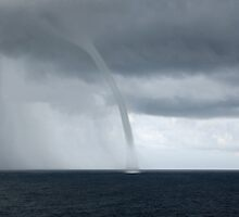 waterspout by allan76