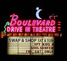 Boulevard Drive In Theatre, Kansas City, KS by kenelamb