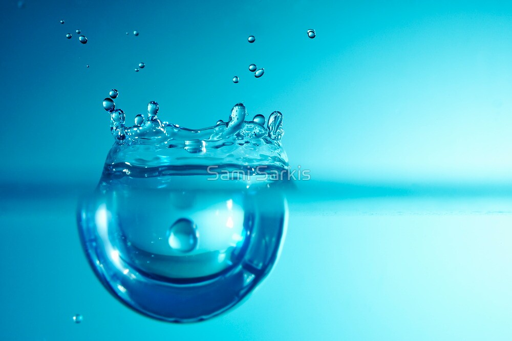 Droplet forming bubble, underwater by Sami Sarkis