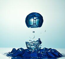 Splashing Droplet into water by Sami Sarkis