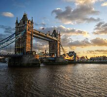 London Bridge by geirkristiansen