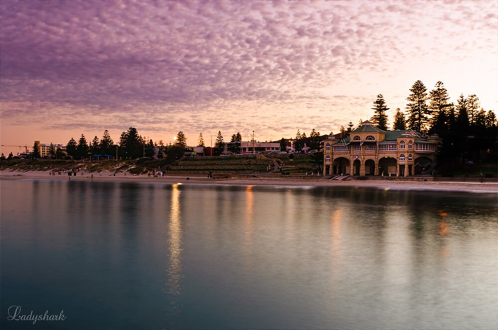 Cottesloe Dawn by Ladyshark