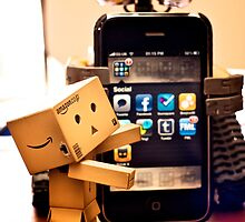 Danbo gets help from Wall•E using my phone by the-sandman