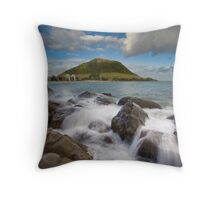 Mount Maunganui Rock Pools Throw Pillow