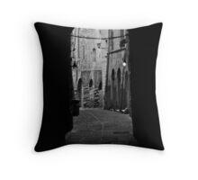 Perugia, 32 Throw Pillow